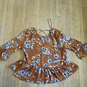 One Clothing flowery swing top Size Large